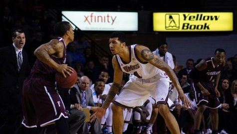 UMass basketball looks to bounce back at St. Joe's