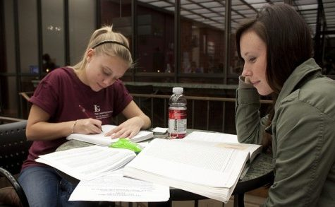 Tips to manage a stressful semester