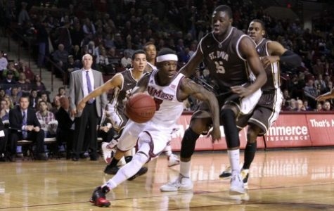 Strohecker: UMass basketball's latest wins showing signs of complacency