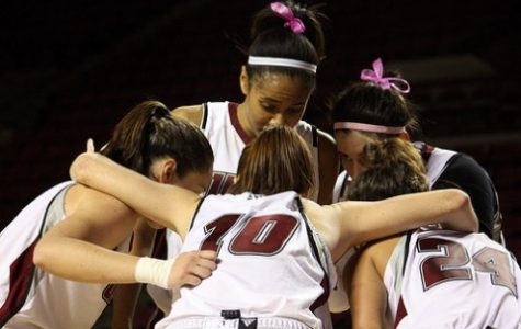 UMass women's basketball expects big turnout for Field Trip Day game