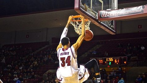 UMass basketball rebounds against La Salle
