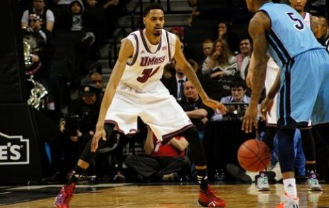 UMass relies on strong defense to overcome Rhode Island