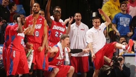 Dayton seniors lead Flyers to victory over Richmond