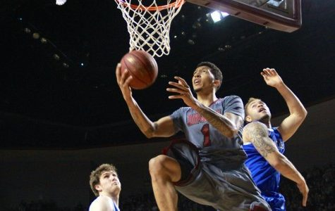 UMass men's basketball falls on last-second layup to Saint Louis