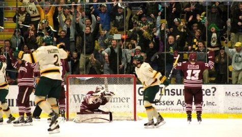 GUT-WRENCHING: UMass hockey's season ends with last-minute loss to Vermont in Hockey East playoffs