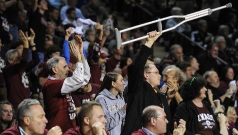Morning Wood: UMass fans join together in Huskies hate-watching