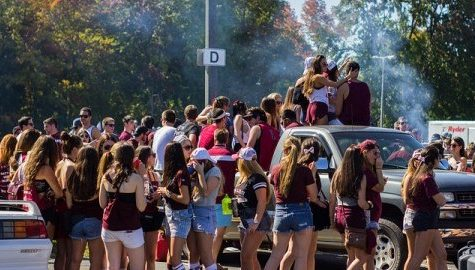 Students celebrate return of UMass football with tailgate festivities