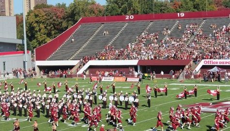 Cyr: Are UMass students actually football fans?