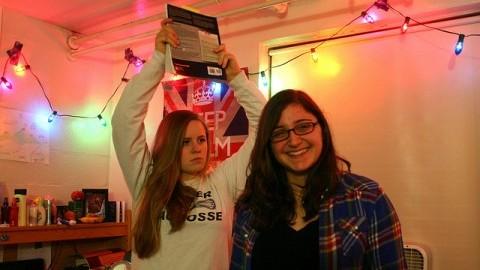 Hannah Locke and Annabelle Tarek pose as roommates.  (Sarah Doremus/Collegian File Photo)