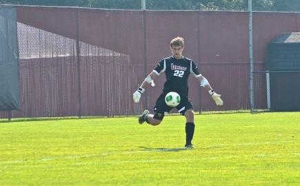 Ryan Buckingham impresses in net for UMass men's soccer