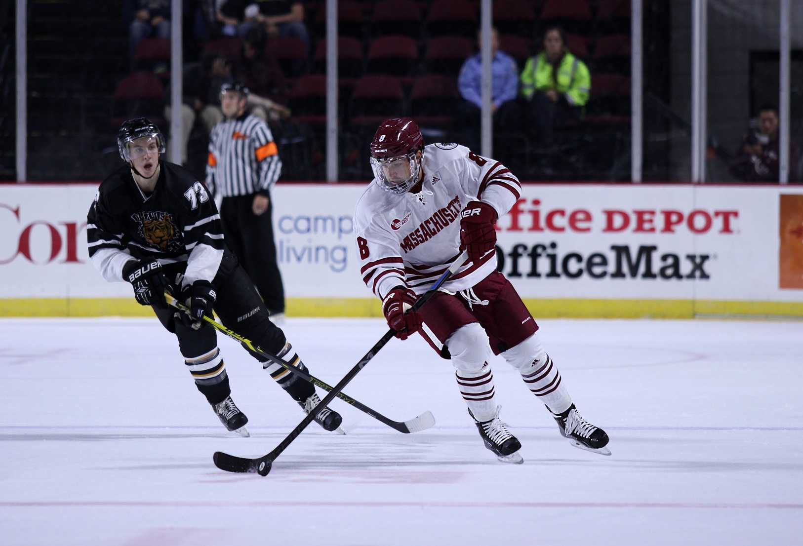 Photo Slideshow: UMass Hockey Exhibition Game