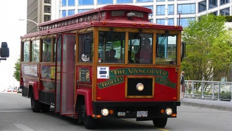 Vancouver Trolley (Courtesy of Dennis Tsang/Flickr)