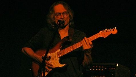 Sonny Landreth performs intense, brief set at the Iron Horse