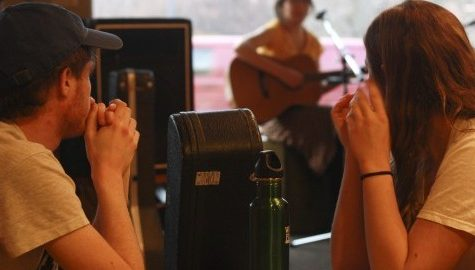 Open mic night at the Black Sheep Deli creates community among local musicians