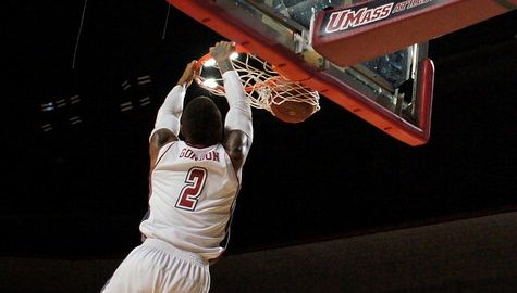 UMass basketball's Derrick Gordon excels on emotional, historic night