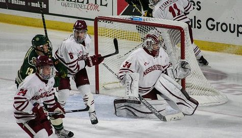 Vermont throttles UMass hockey 11-1