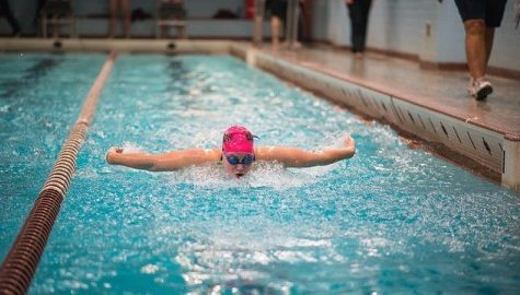 UMass swimming earns a clean sweep against Binghamton this weekend