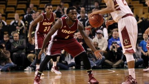 UMass basketball prepares for early start in nationally televised game Tuesday morning against Manhattan