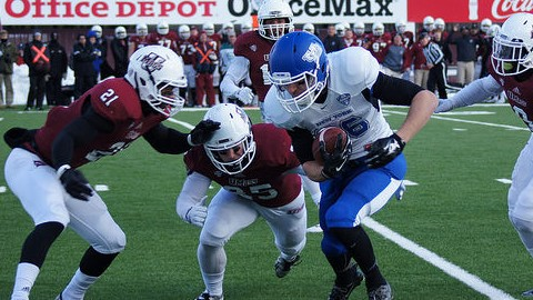 Minutemen defense comes up short in 41-21 loss to Buffalo
