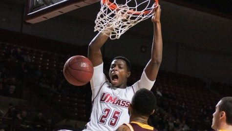 SLIDESHOW: UMass Basketball vs Iona