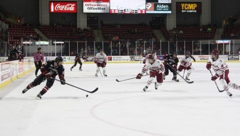UMass falls to Northeastern 5-3, Troy Power leaves early