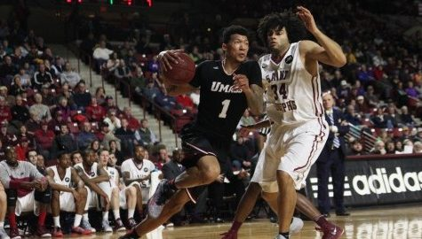 SLIDESHOW: UMass Basketball vs. St. Josephs