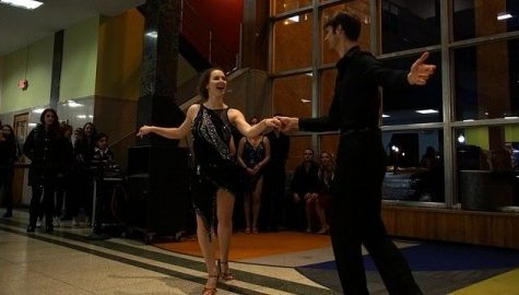 The Ballroom Dance Club grooves its way into UMass' heart at Valentine's Day social