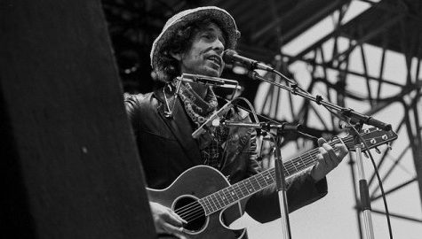 Bob Dylan pays homage to Sinatra in new album, 'Shadows in the Night'