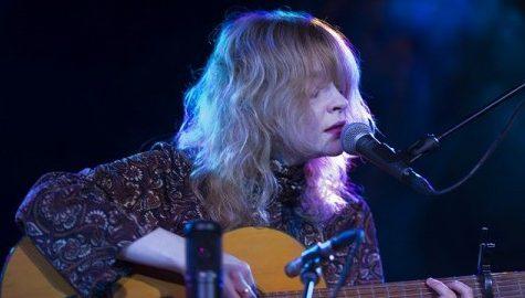 Folk singer Jessica Pratt releases stirring second album