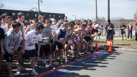 UMass Dining held its fifth annual 5k Dash and Dine to benefit the Amherst Survival Center in 2014. (Shannon Broderick/Daily Collegian)