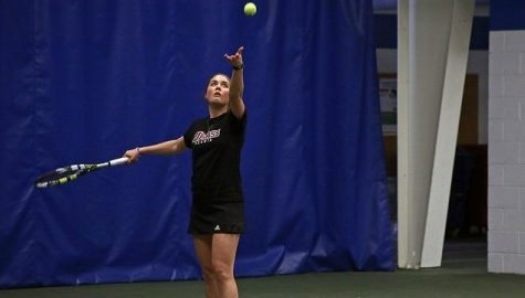 UMass tennis wins its first conference match in weekend split