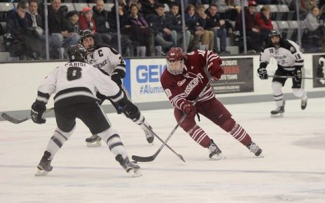 Walsh wins it: UMass hockey tops Notre Dame 4-3 in five overtimes, marks the longest NCAA game ever