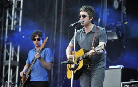 Noel Gallagher stays in his comfort zone on 'Chasing Yesterday'