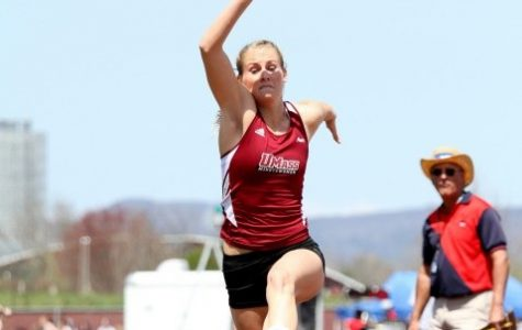 Becky Stoyle, Heather MacLean close out UMass women's track and field season in Jacksonville