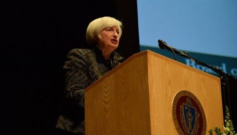 Yellen expects interest rate hike by end of the year