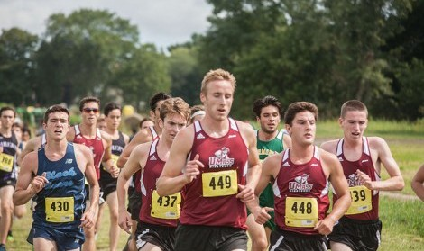 Pack mentality fuels cross country teams