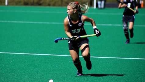 Lackluster offense hands UMass field hockey a loss to No. 9 Louisville