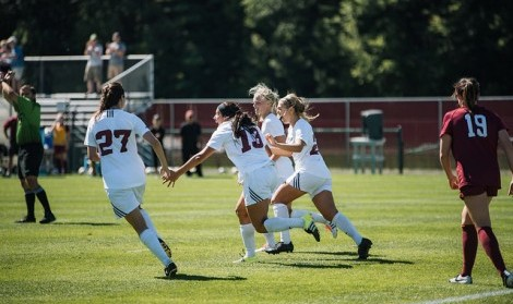 UMass women's soccer prepares for rematch of last year's A-10 quarterfinals against La Salle