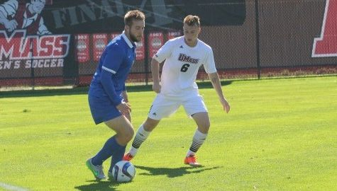 UMass men's soccer fights to scoreless tie against Saint Louis Saturday