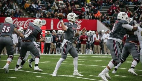 UMass football defeats Florida International at McGuirk Stadium for first win of 2015
