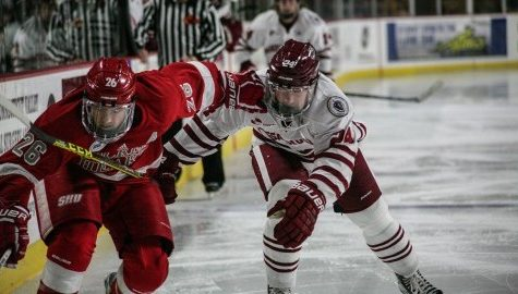 UMass hockey moves to 3-0 with Friday home opener win over Sacred Heart