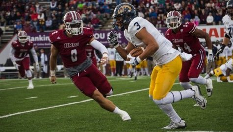 UMass football looking to regain focus against No. 19 Toledo