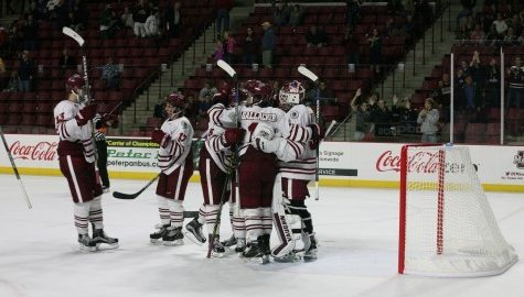 Third period suddenly an advantage for UMass hockey in 2015-16