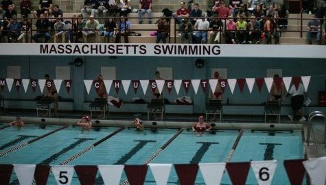 UMass swimming and diving continues to work toward February A-10 championships