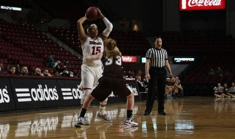 UMass women's basketball drops a close game to in-state rival Harvard