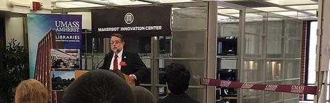 Umass' Jay Schafer speaking of new 3d printing lab. Sophia Willinger/ Daily Collegian