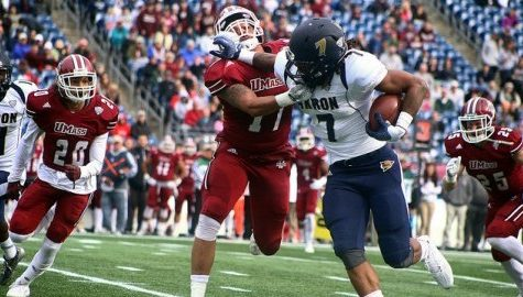 UMass football drops fifth straight against Akron at Gillette Stadium