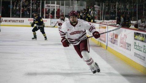 UMass hockey drops 4-1 decision against No. 3 Quinnipiac Friday night