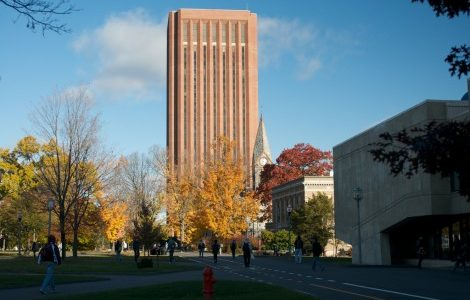 UMass awarded $1.1 Million to work with Tesla Energy to build Large Battery Storage System