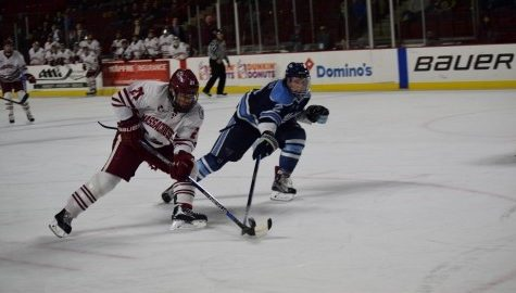 UMass hockey falls flat in 5-2 loss against Maine